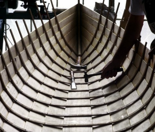 Lapstrake canoe in progress — Simon Watts