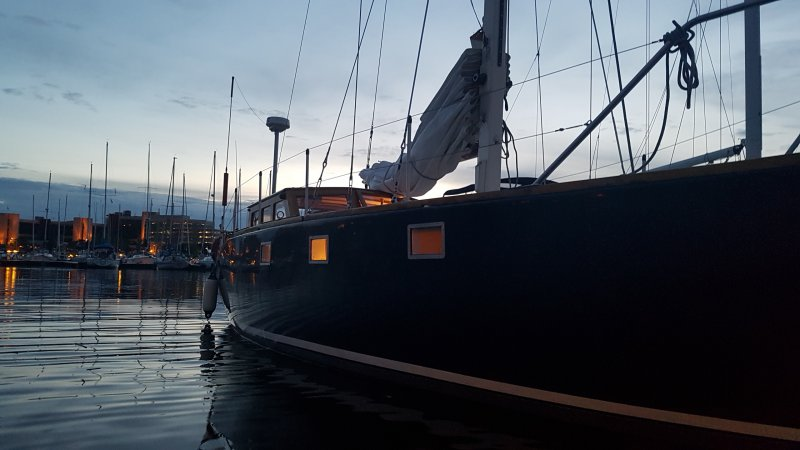 LA VIGIE, starboard side