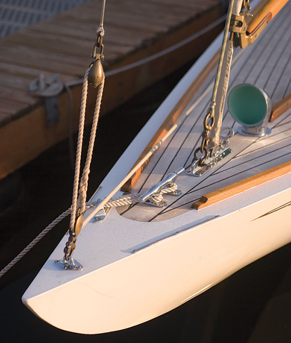 Deck and rigging photo