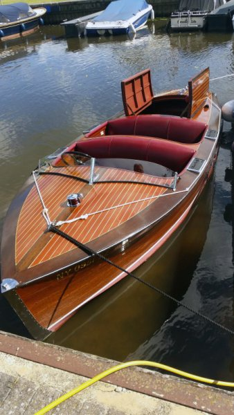 Photo of 1937 Chris Craft Runabout.