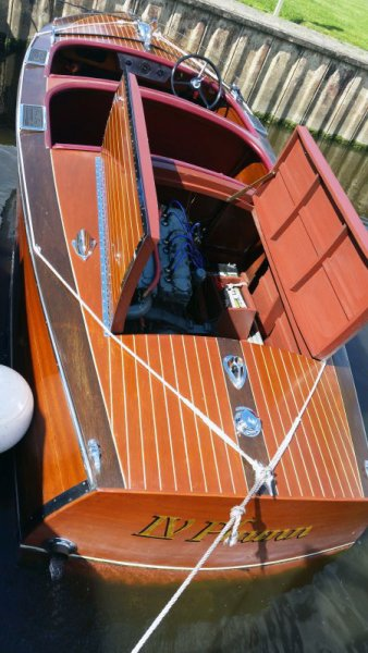 Photo 2 of 1937 Chris Craft Runabout.