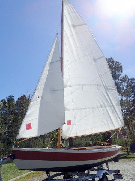 Full sail ashore.  Port bow.