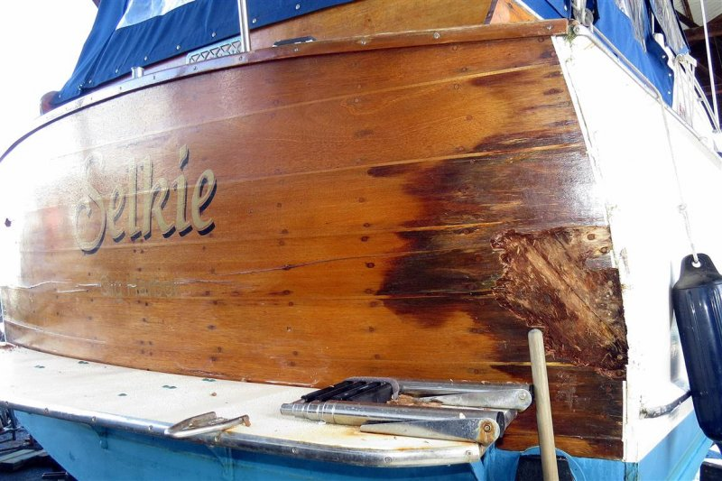 Leak at the deck level caused the transom to rot.