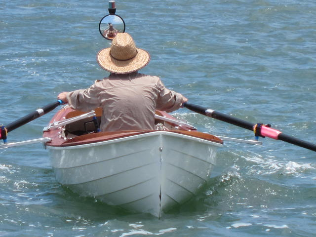 Gus Duncan rowing VINEGAR STROKE