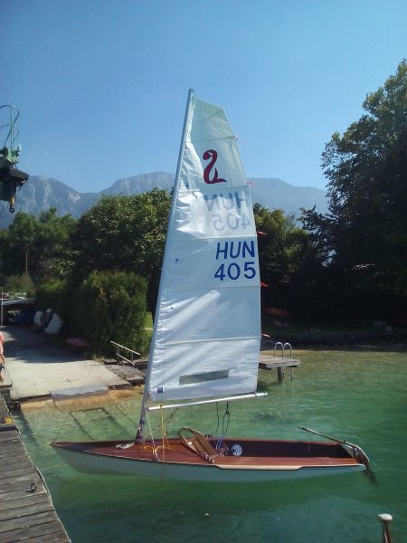 Racing dinghy