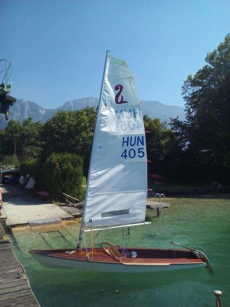 Racing dinghy