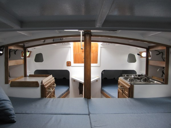 Roeboats Cape Henry 21 interior