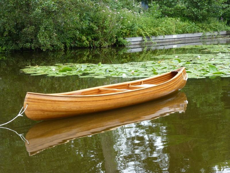 Wabnaki canoe Houtje in its element.