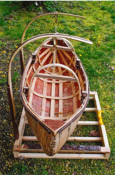 End view of cradle canoe