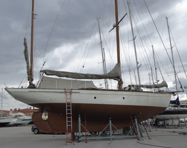 CLEVER was built in 1927 by Chantiers Chassaigne, La Rochelle, France.