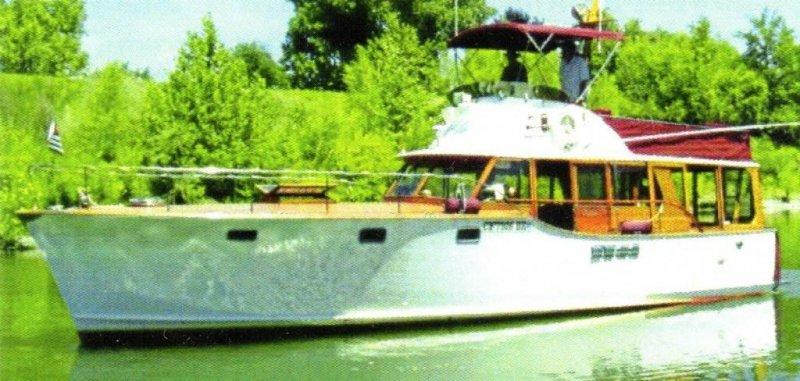 GATSBY, a Stephens Bros. fly-bridge power cruiser.