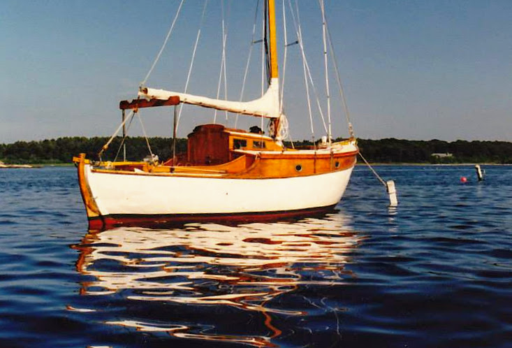 OTTER (ex-BITTERN), a Purbrook/Rossiter Heron sloop.