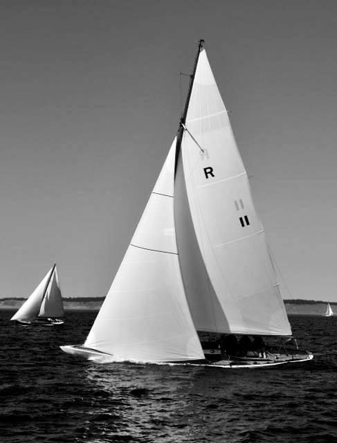 PIRATE, R-class racing sloop.