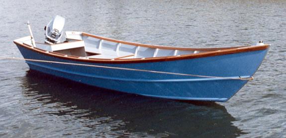 16'  San Juan Dory in water