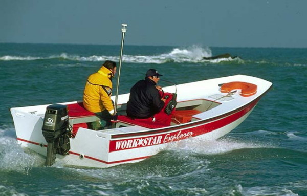 Workstar Explorer sea trials with Moteur Boat magazine, Brittany, France