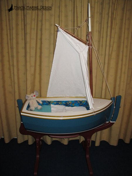 Manta Marine Design - Cradle Boat Joey