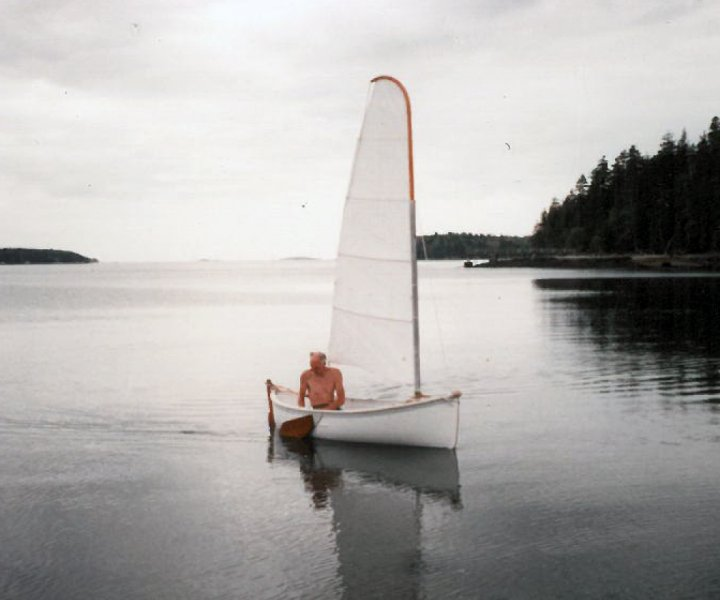 Double Ender Dinghy on the water