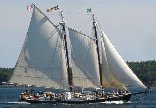 Maine cruise schooner J. & E. RIGGIN