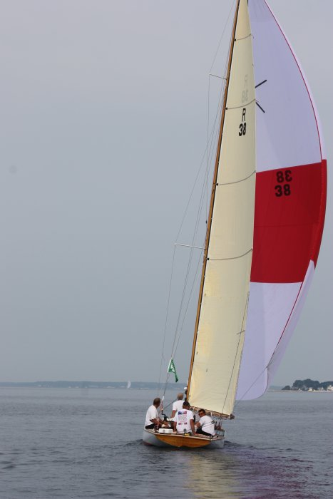 Sailing to finish in 2012 Mackinac Race