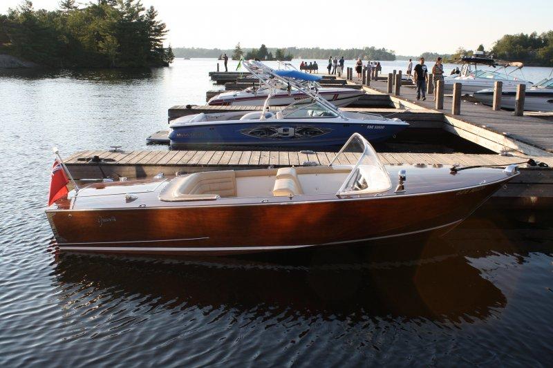 72 Greavette Sunflash IV