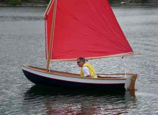 Bert Bowers sails Li'l Lady