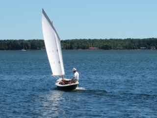 le Canard first sail