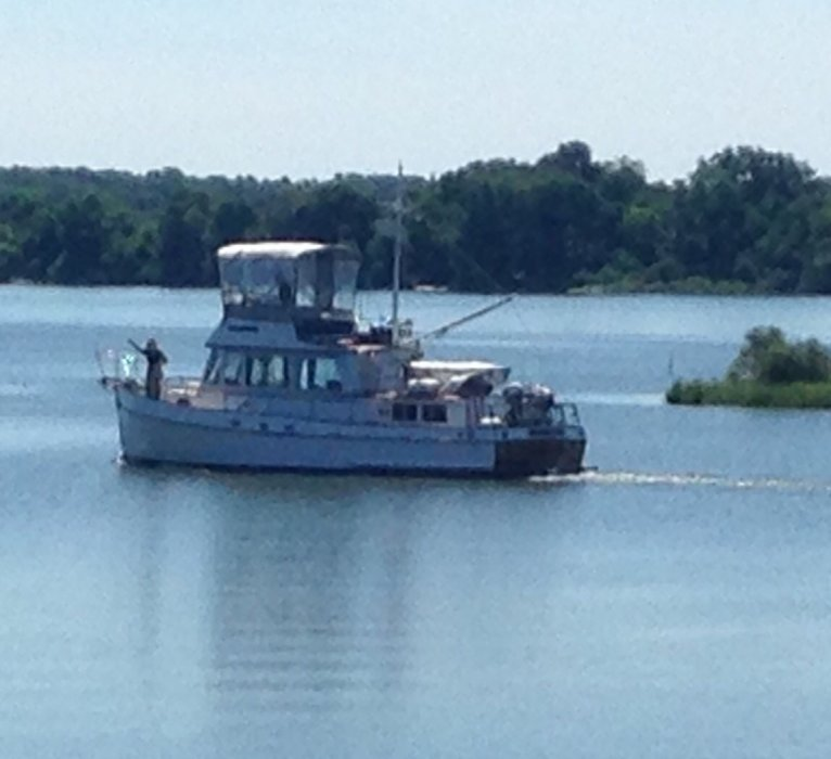 Grand Banks Classic 36 ft. 1972, 2 cabins, 2 diesel engines, 2 helm stations, 2 heads