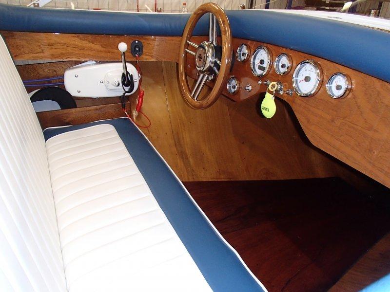 Dashboard Bristo 500