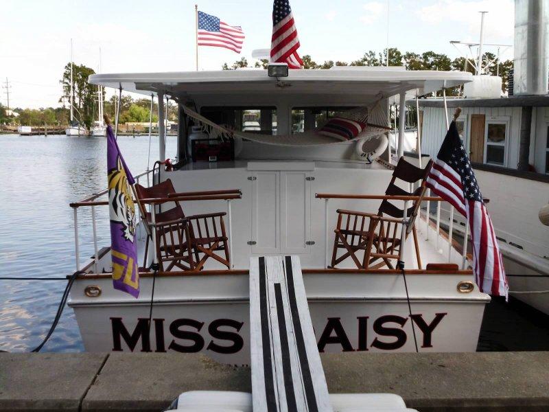 MISS DAISY  photo 3