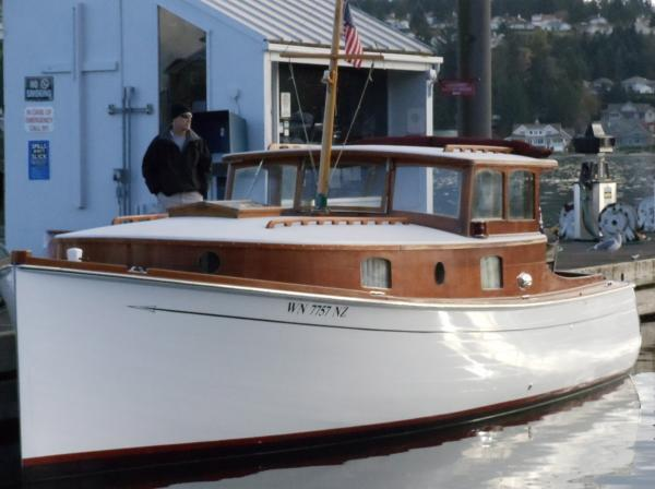 SPIRIT ex-AUNT JAN, a Merrick power cruiser.