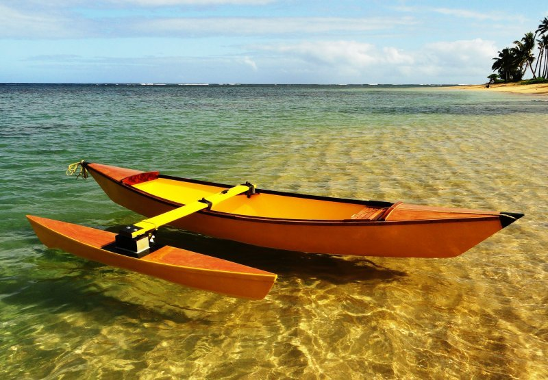Jules a 13′ Outrigger Canoe