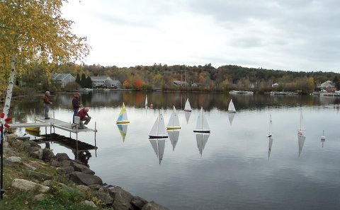 Radio-controlled Soling 1 Meter model yachts.