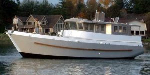 SPRAY TRAWLER 475 - STEEL KIT