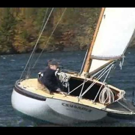 Herreshoff FI23 CRUSADER sailing Oct.2011