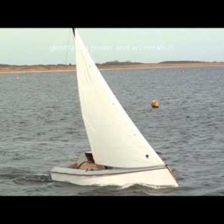 Universal Sail - stability and power