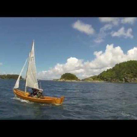"Sailing the ""Oselvar"""
