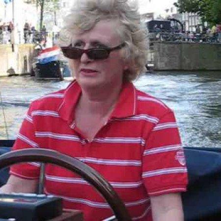 Newbie Dutch Skipper Crashes Tour Boat into other Tour Boat