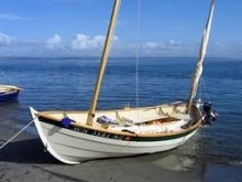 "19' 6"" Caledonia Yawl on beach"
