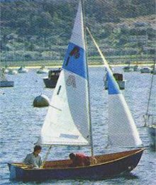 Argie 15 3:1 plywood dinghy