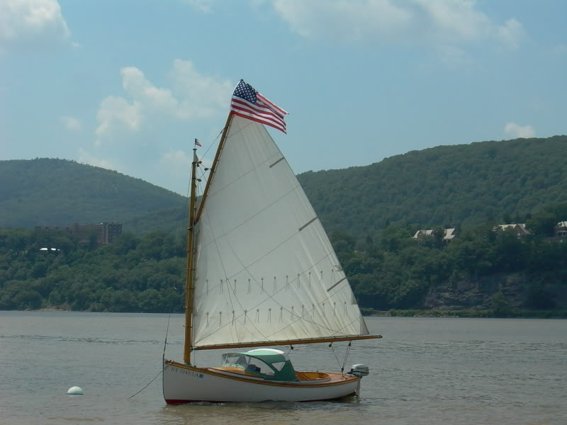 TIDBIT, Winthrop Warner catboat.