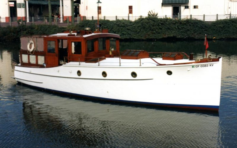 TULE LADY ex-SUNSET was built in 1928 by Dominic Labruzzi.