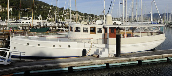 WHITE HERON, 58' Thomas Broadway fantail motoryacht.